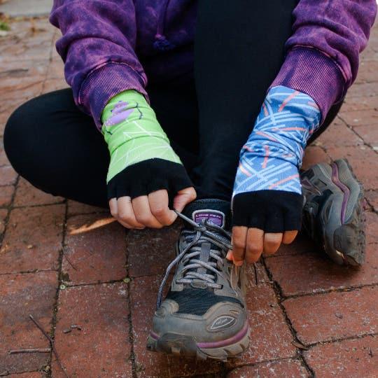 use socks as fingerless gloves